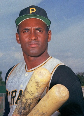 Roberto Clemente of the Pittsburgh Pirates in 1972 (AP Photo)