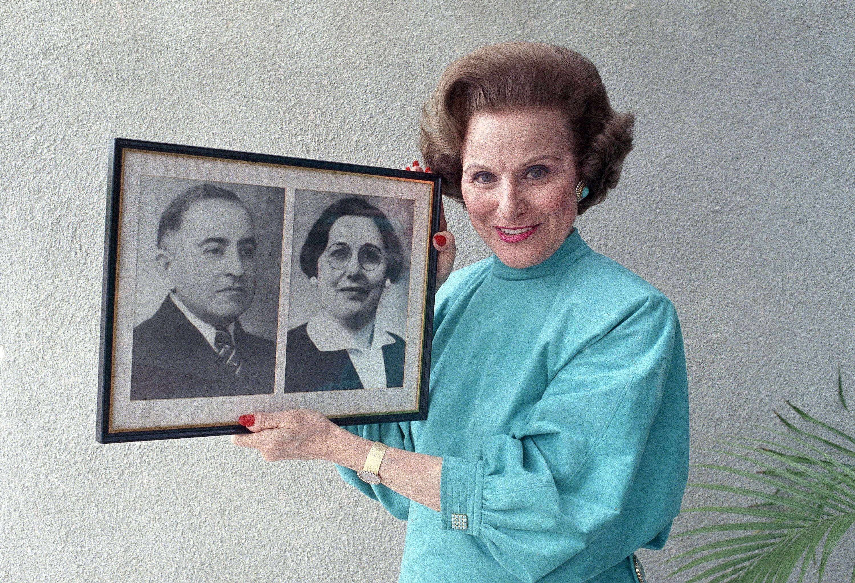 Pauline Phillips aka Abigail Van Buren aka Dear Abby (AP Photo / Doug Pizac)