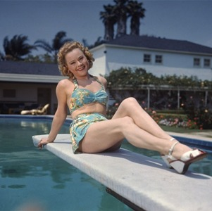 Sonja Henie sunbathing, 1948 (Associated Press/N.N./dapd)