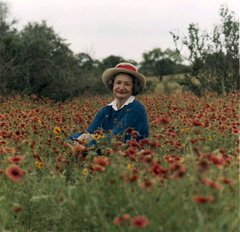 Portrait of Lady Bird Johnson in the Texas Hill Country (Wikimedia Commons/Frank Wolfe)