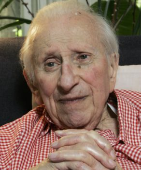 In this May 15, 2007 file photo, Pulitzer Prize-winning author Studs Terkel is seen during an interview at his home in Chicago. AP Photo/Charles Rex Arbogast, File)