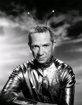 Photo of Ray Walston as Uncle Martin from the television program My Favorite Martian. (Wikimedia Commons/CBS Television)