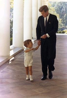John F. Kennedy and John F. Kennedy, Jr. at the White House, 1963 (Wikimedia Commons/Cecil Stoughton, White House photographer)